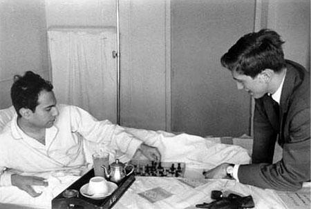 Visita de Bobby Fischer a Mikhail Tal en el Hospital