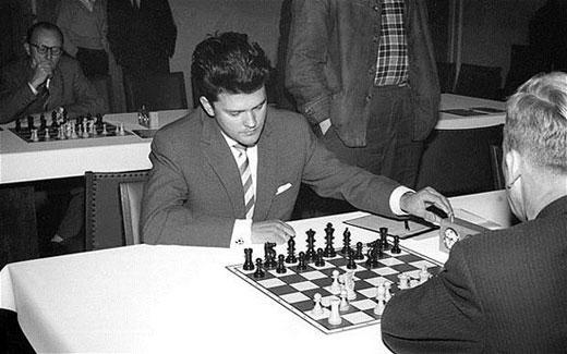 Lothar Schmid durante un torneo en 1959 en Nuremberg