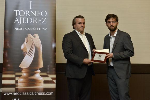 El gallego Iván Salgado estrena el palmarés del 'Neoclassical Chess' de Madrid