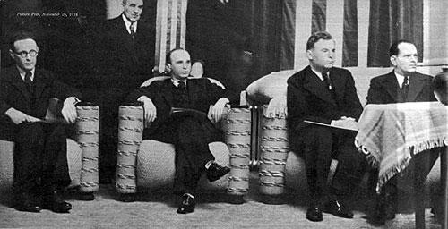 Botvinnik, Reshevsky, Fine y Landau en AVRO 1938 Picture Post, 26 de noviembre de 1938