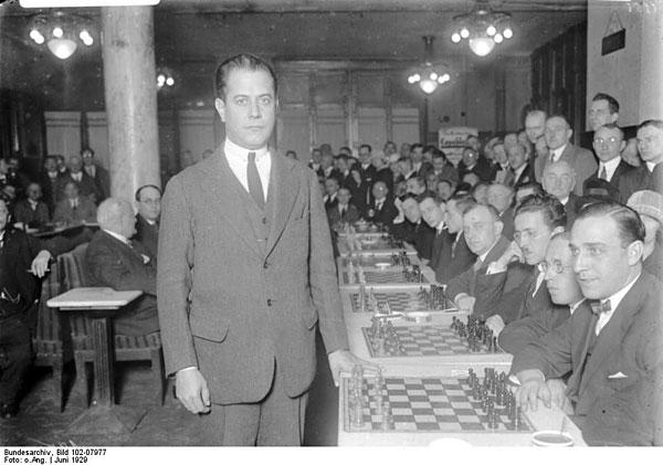 Capablanca en Berlín, junio de 1929 © Deutsches Bundesarchiv