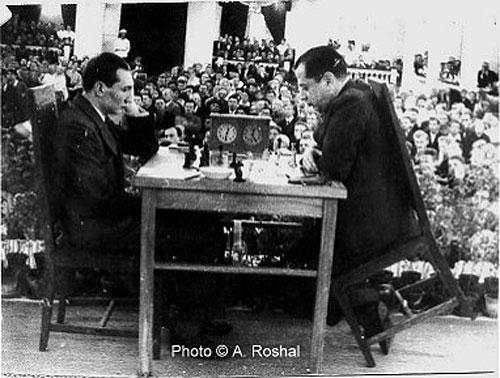 Capablanca vs Eliskases 1936