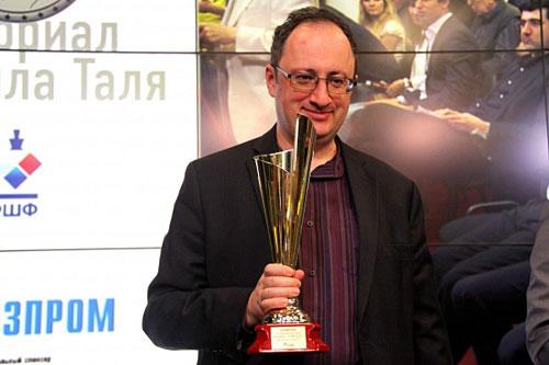 Gelfand vencedor
