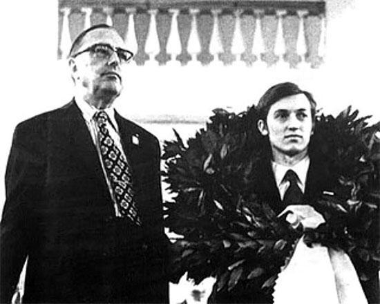 Karpov campeón del mundo en 1975