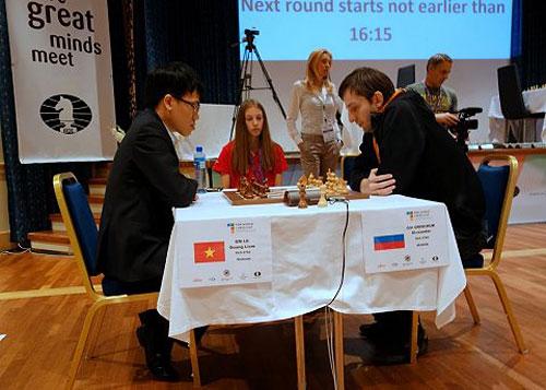 R 3 Le Quang Liem elimina a Alexander Grischuk